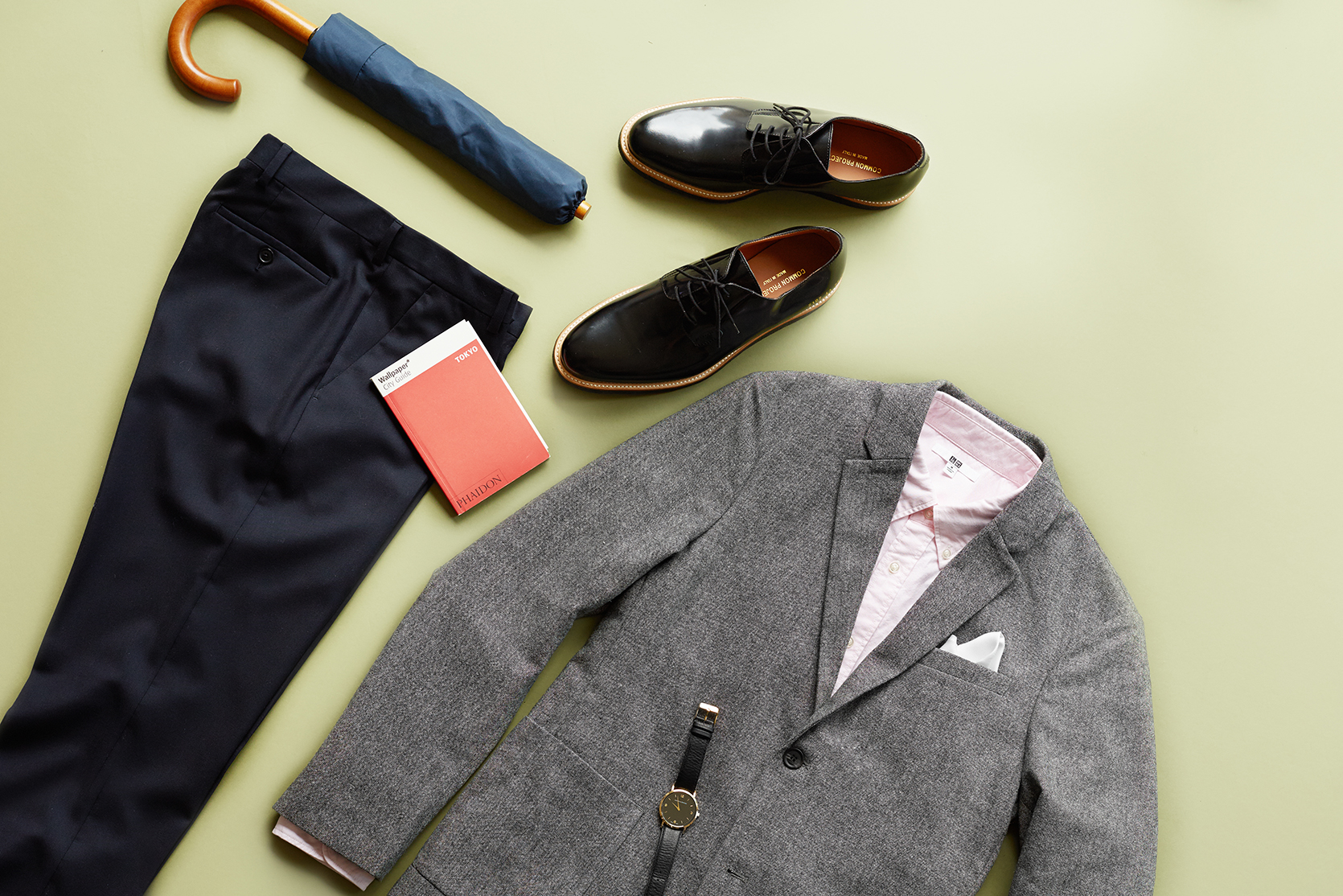 Outfit with contrasting textures