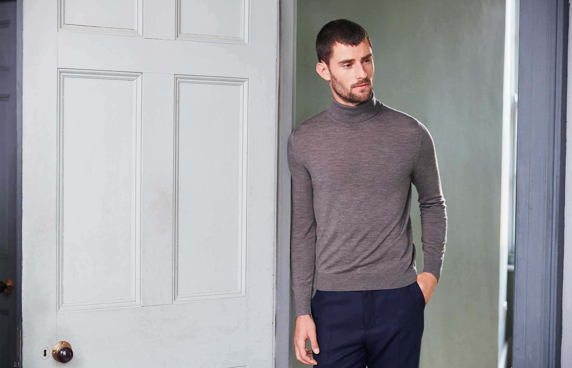 How a rollneck should fit