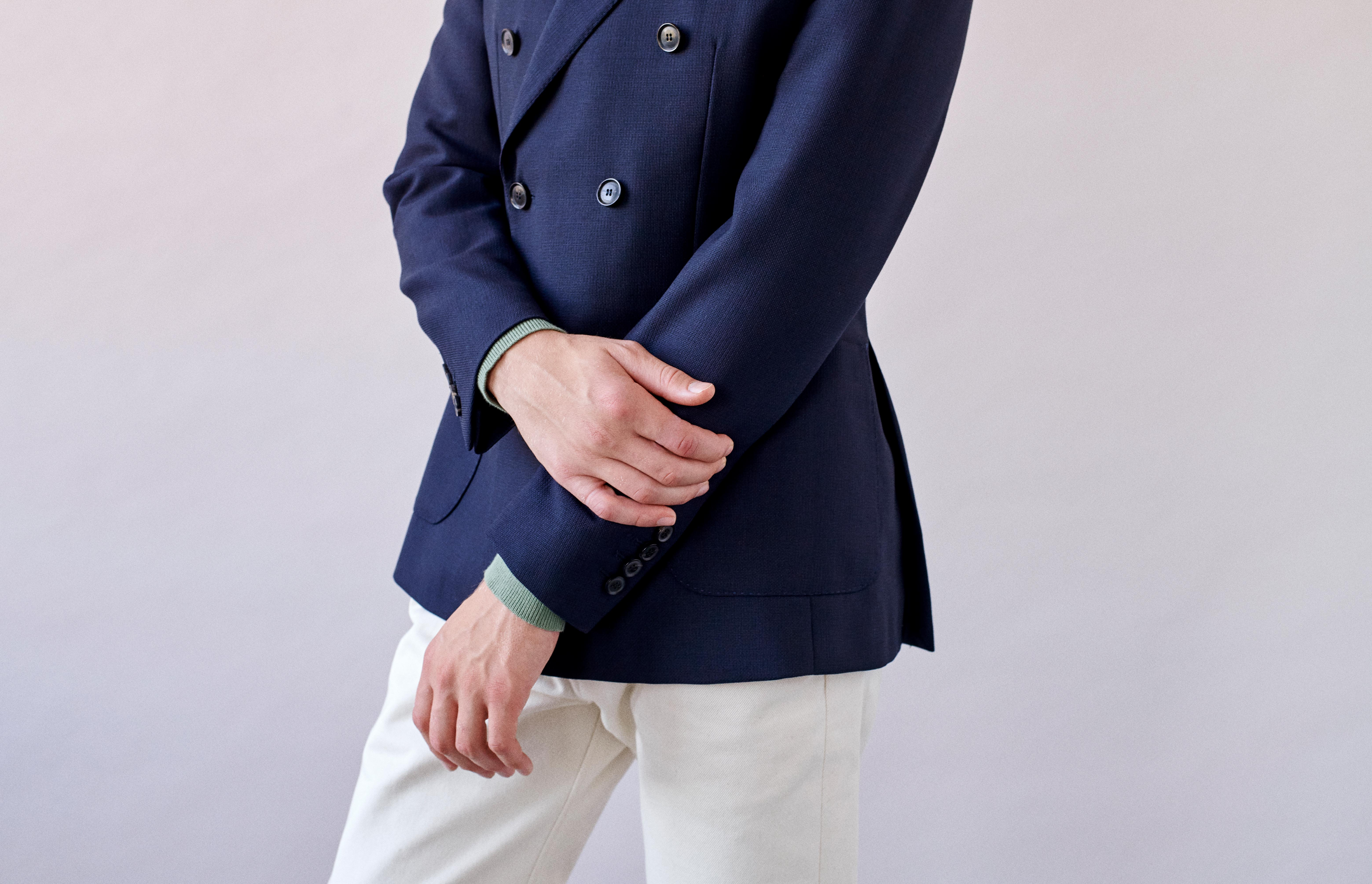 How a double-breasted blazer should fit