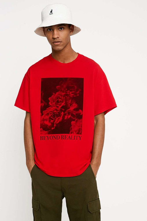ee0563daaece43 UO Beyond Reality Washed Red T-Shirt by U... — Thread
