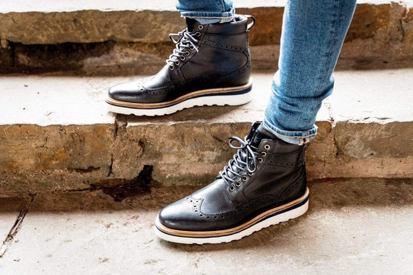 Linton Black Casual Leather Brogue Boot