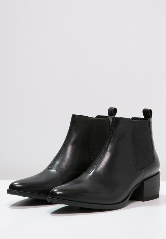 MARJA - Ankle boots by Vagabond