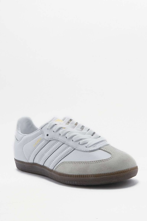 sports shoes c2b77 16d21 adidas Originals Samba Off White Trainers