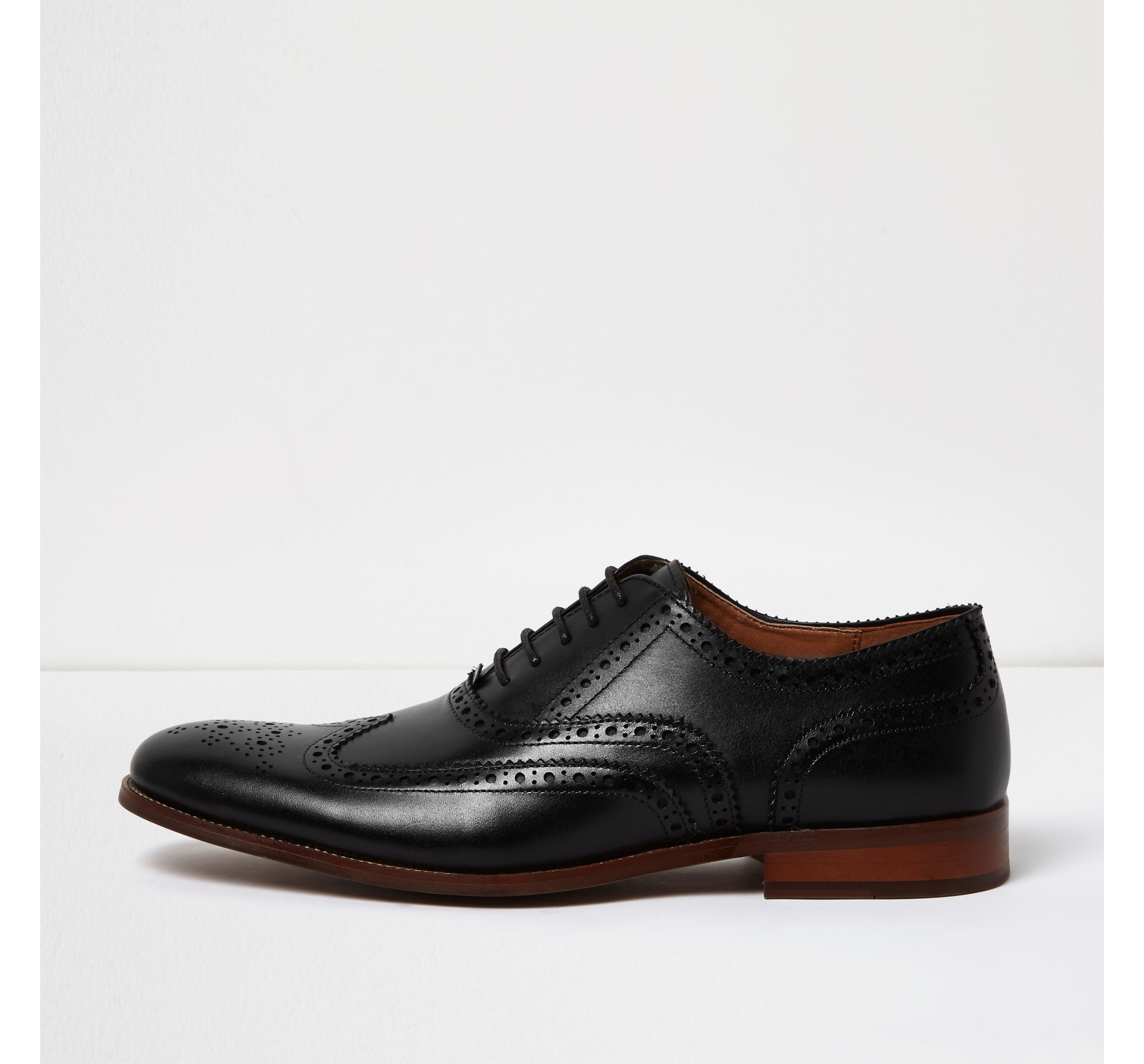 River Island Mens Black leather brogues