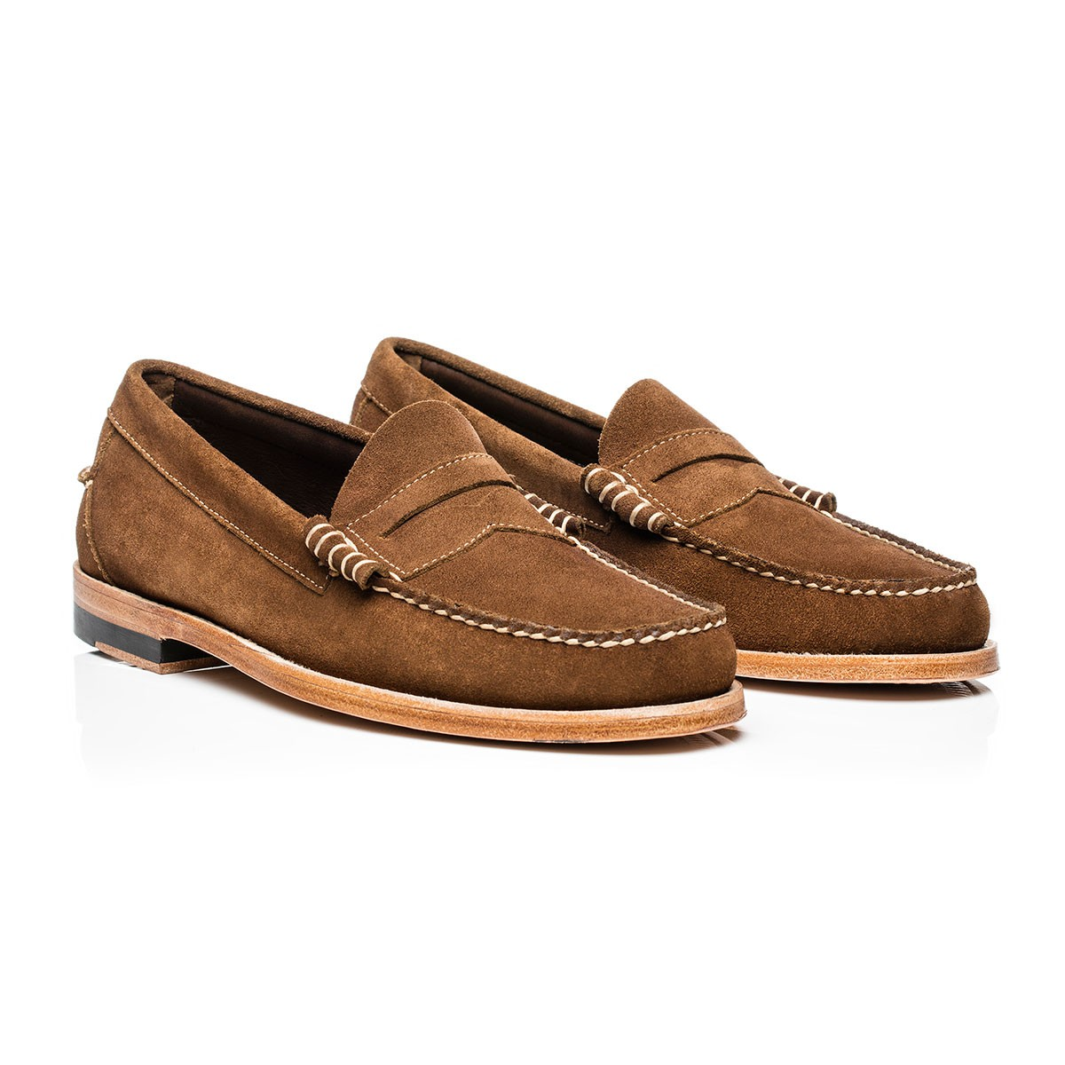 G.H. Bass & Co. Mid Brown Suede Weejuns Larson Stead Suede Mid Brown