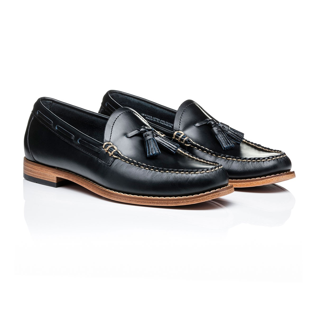 G.H. Bass & Co. Weejuns Larkin Pull Up Navy Leather