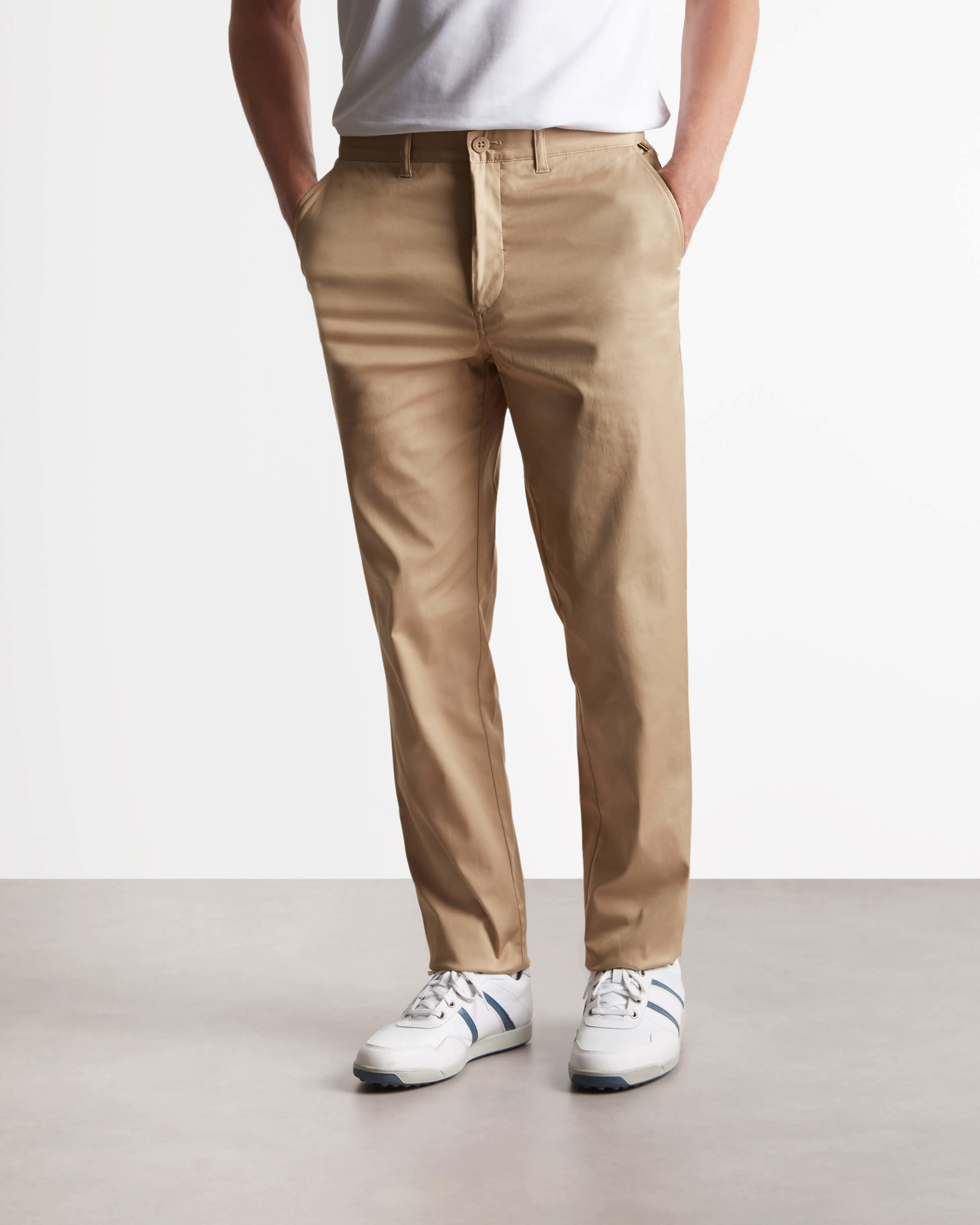 Lyle and Scott Dark Sand Fidra Golf Slim Fit Chino