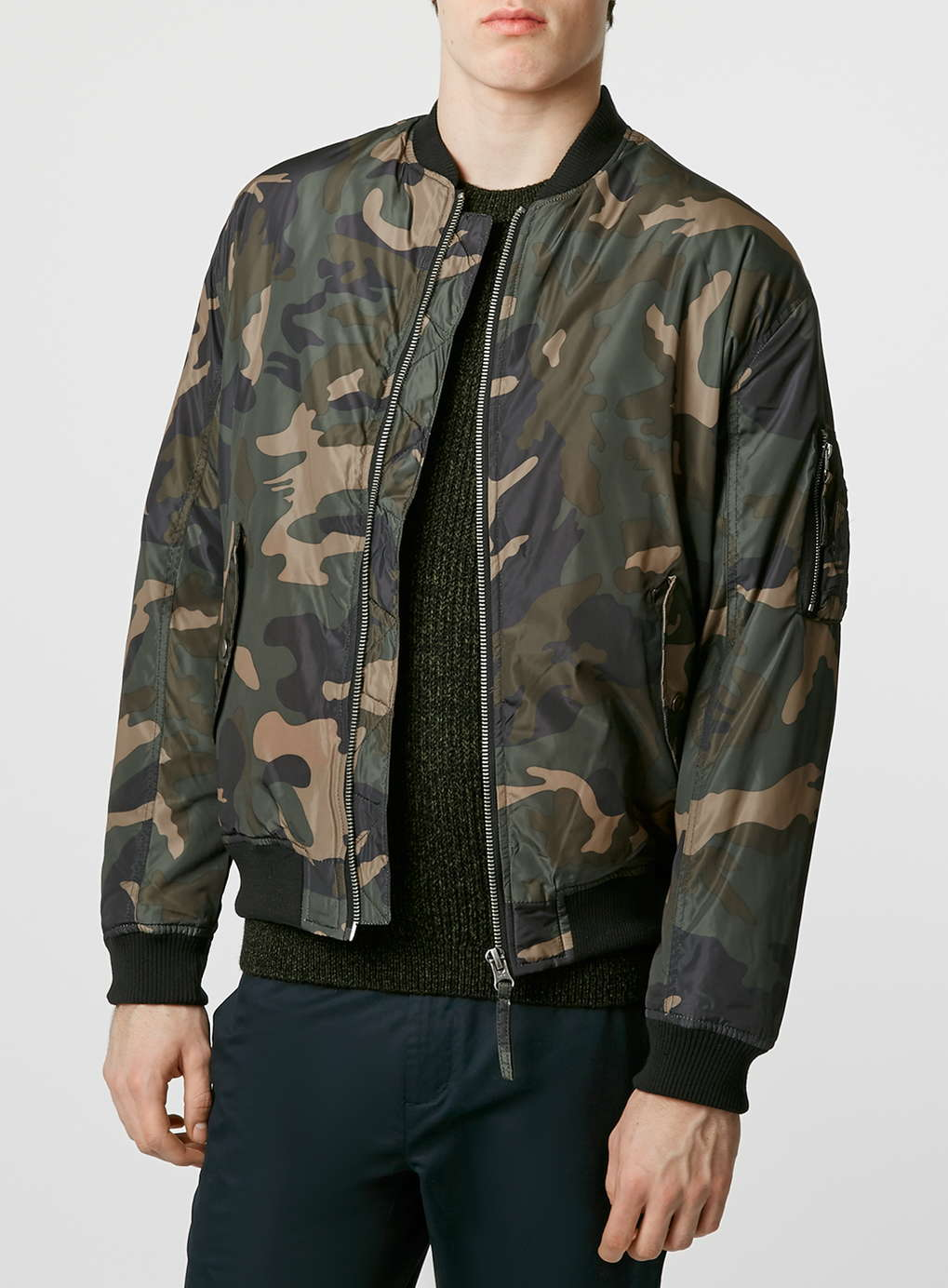 1d8981dc5e9bb Our stylists will find you something similar if you sign up for Thread.  Thread is an online personal styling service for men, ...