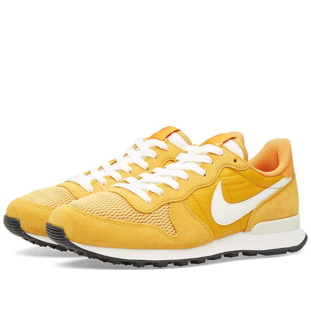 brand new 66fa8 1726e Nike Internationalist