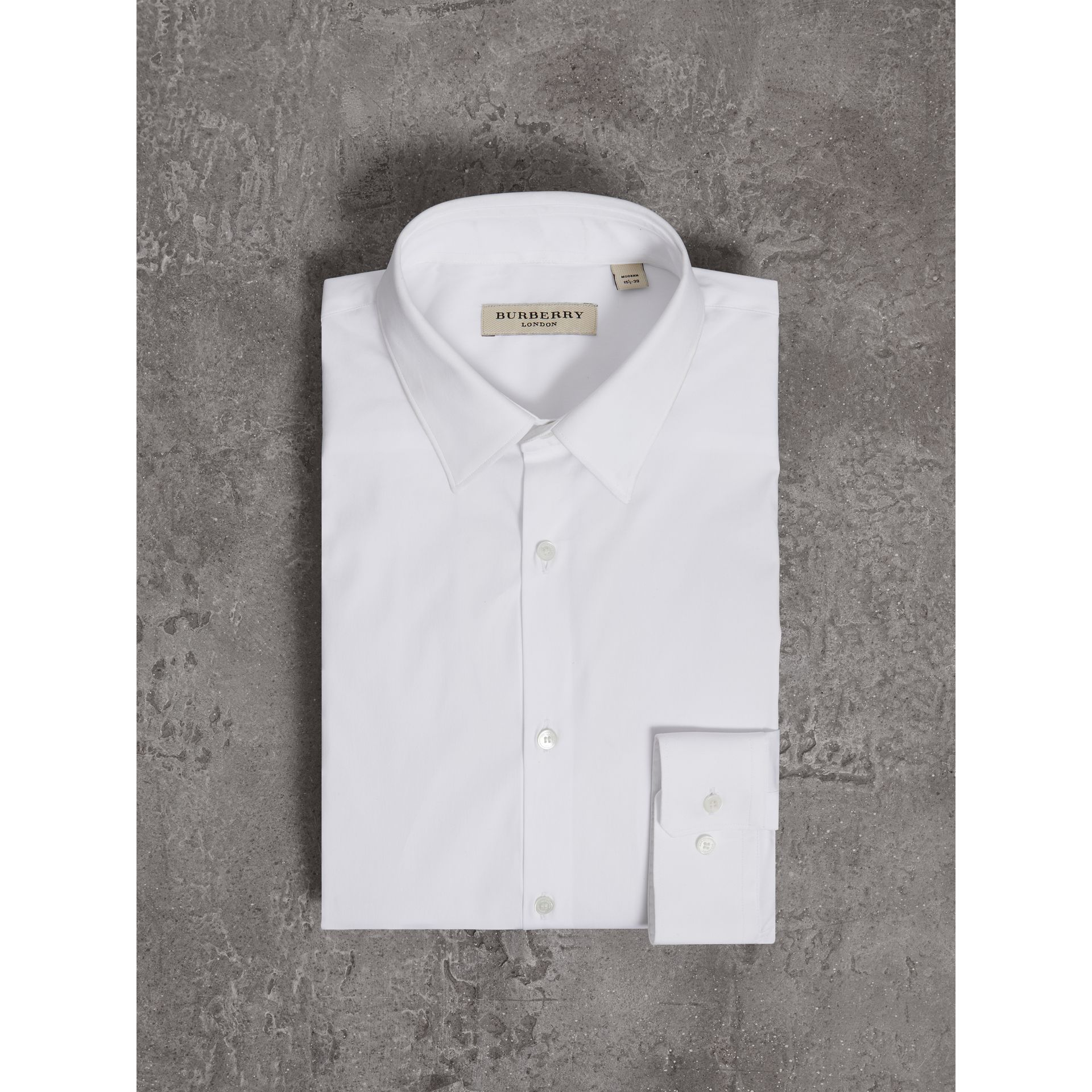 Burberry White Modern Fit Stretch Cotton Shirt