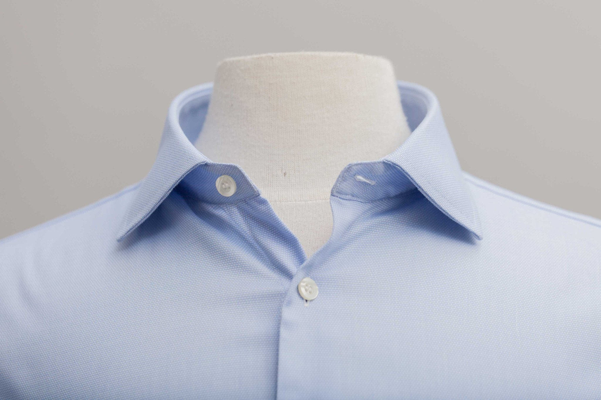 Smyth & Gibson Non Iron Pique Slim Fit Shirt in Sky Blue
