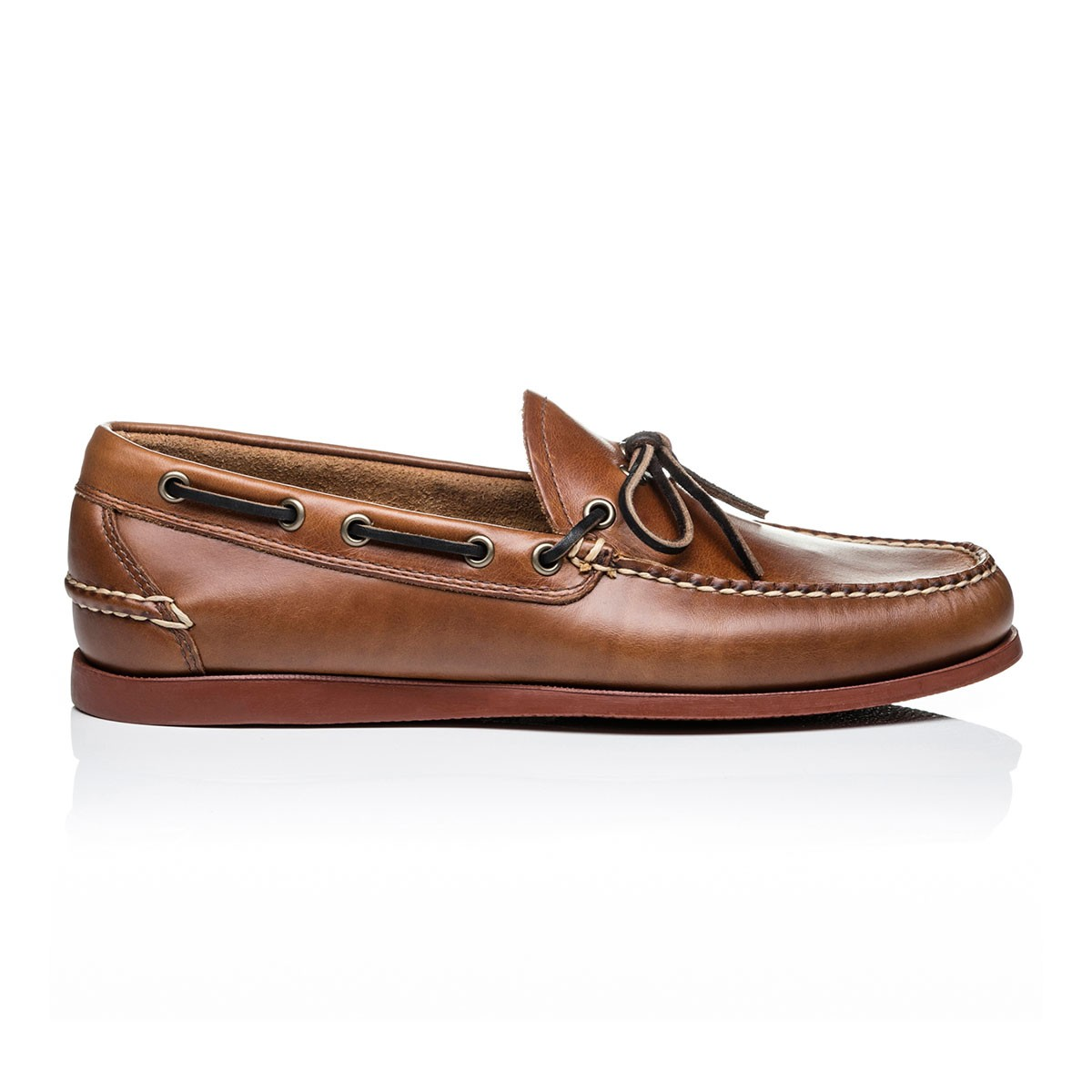 G.H. Bass & Co. Mid Brown Leather Camp Moc Decker Pull Up Leather Mid Brown
