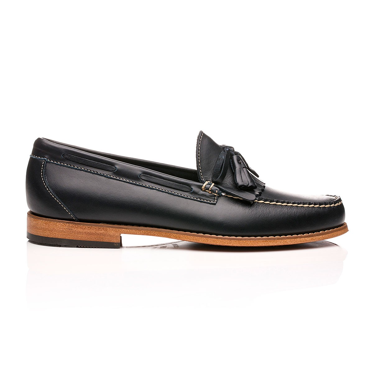 G.H. Bass & Co. Weejuns Layton Pull Up Kiltie Loafers Navy Leather