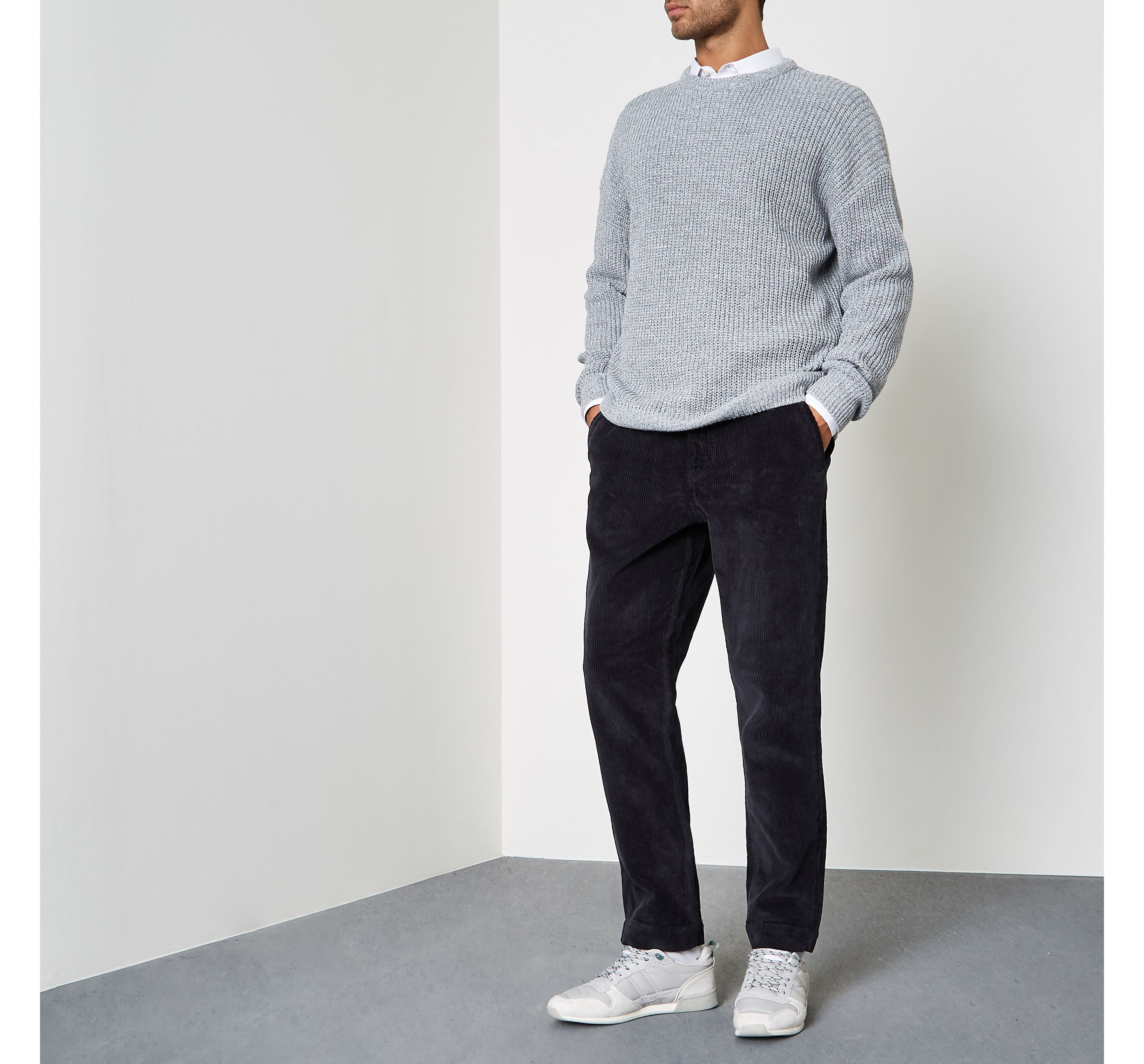 River Island Mens Navy cord tapered trousers