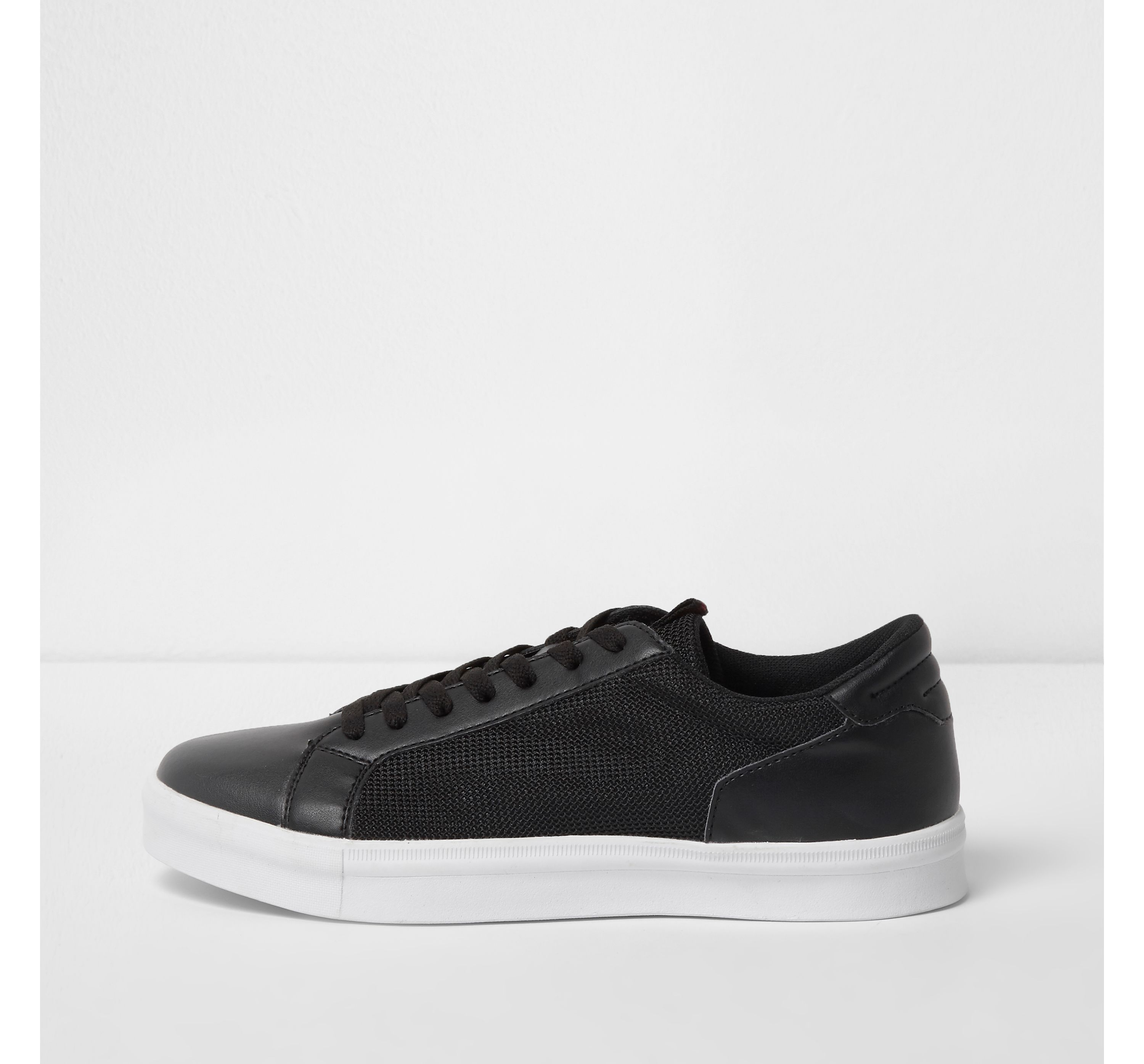 River Island Mens Black mesh side panel lace-up trainers