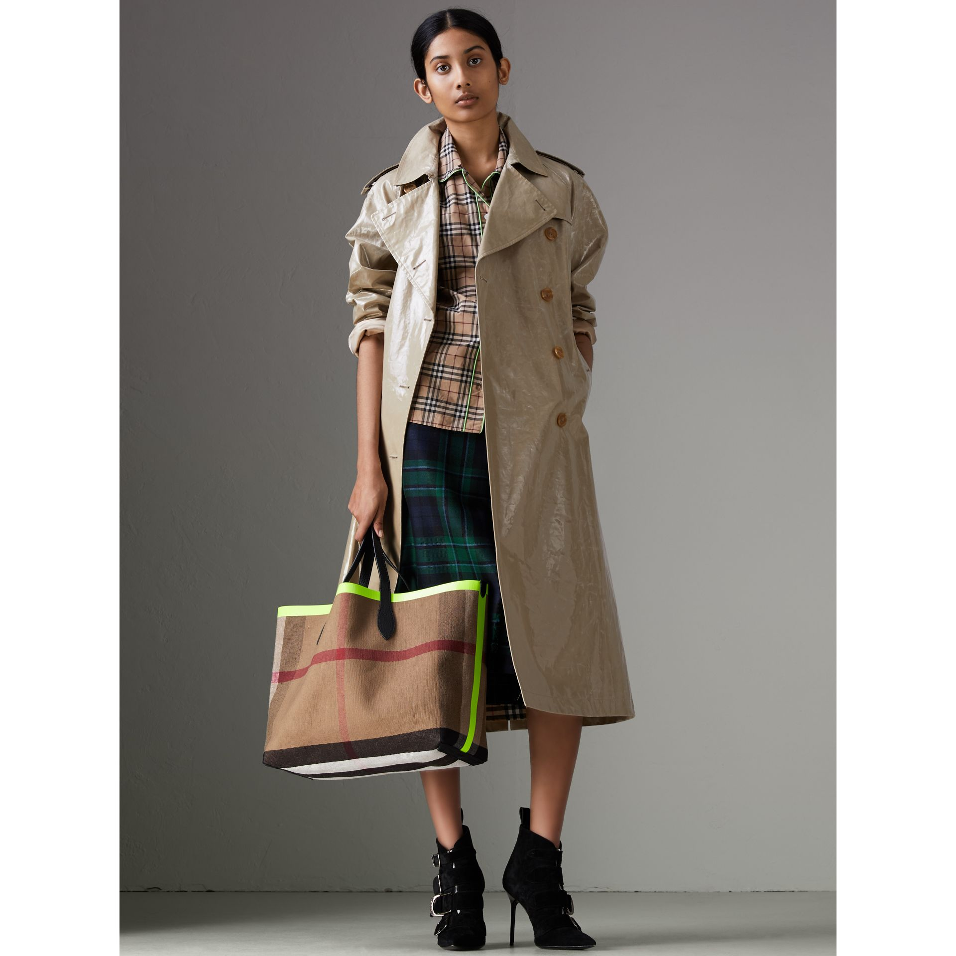 241c8ec28b The Medium Giant Reversible Tote in Canvas and Leather. £995