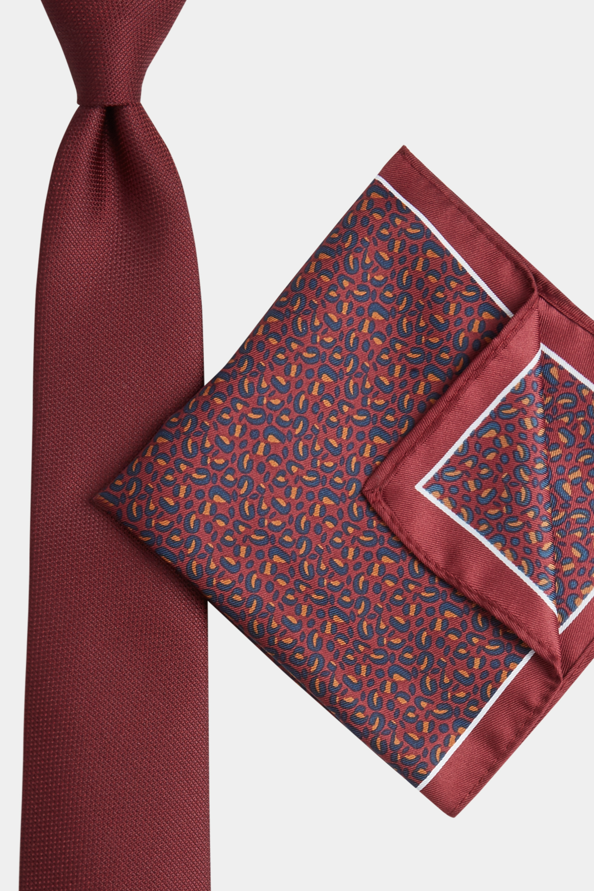 Moss Bros Moss London Wine Animal Print Tie & Pocket Square Gift Set