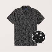 Short-Sleeve Camp Collar Button-Up Shirt in Black