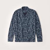 Long-Sleeve Camp Collar Button-Up Shirt in Navy