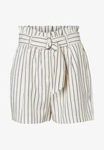 Shorts in Neutral