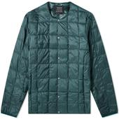 Taion Crew Neck Down Jacket in Green